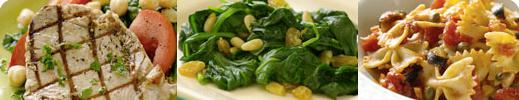 Salade de thon grillé aux pois chiches et aux épinards, épinards de bébé aux raisins secs et aux noix de pin et pâtes papillon au blé entier et sauce puttanesca
